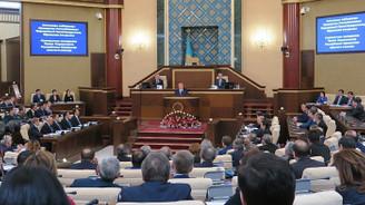 Kazakistan'da hükümet istifa etti