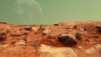 Mars'ta su izleri keşfedildi