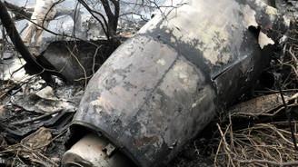 Etiyopya'da yolcu uçağı düştü