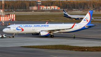 225 kişinin bulunduğu uçakta bomba paniği