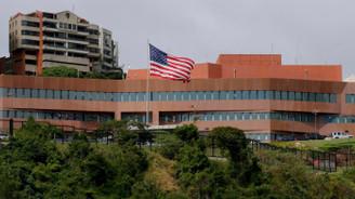 ABD'li diplomatlar Venezuela'yı terk ediyor