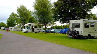 250 karavan parkı yapılmalı