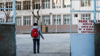 Okullar 1 Nisan'da tatil