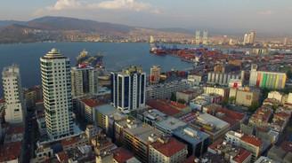 İzmir'de CHP rahat kazandı