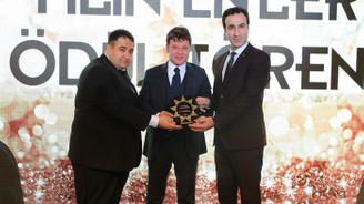 DÜNYA Ankara Temsilcisi Ferit Parlak'a ödül