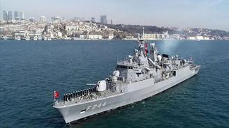 Türk donanması tarihi geleneği yaşatıyor