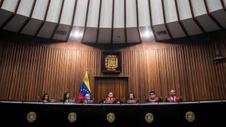 Venezuela meclisinde bomba alarmı