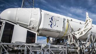 SpaceX'in mekiği alev aldı
