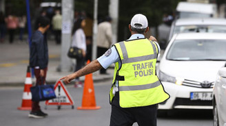 Bayramda 185 bin trafik personeli yollarda olacak