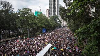 'Hong Kong'da tartışmalı tasarı gündeme gelmeyecek'