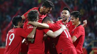 Milli Takım, Özbekistan'ı iki golle geçti