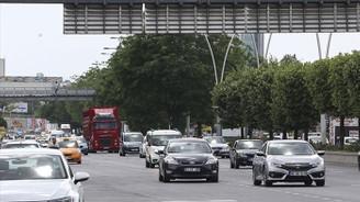 Bayram tatili dönüş yolunda trafik yoğunluğu