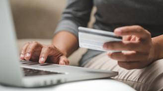 e-ticaret hacminin 300 milyar liraya çıkarılması hedefleniyor