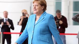 Merkel: IMF Başkanı Avrupalı olmalı