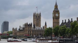 Anlaşmasız Brexit'i zorlaştıracak teklif kabul edildi