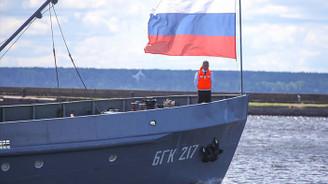 Rusya'nın enerji gelirleri düştü