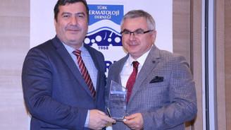 Türk Dermatoloji Derneği'nden DÜNYA'ya teşekkür