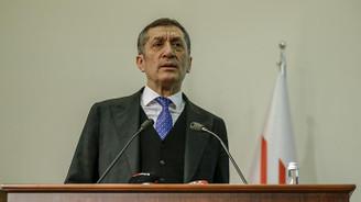 Milli Eğitim Bakanı Selçuk: Doğa Koleji'nde öğretmenlere maaş ödenmemesi iddiasını takip ediyoruz
