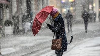 Kıyı kesimlerde sağanak, Marmara ve iç kesimlerde kar bekleniyor