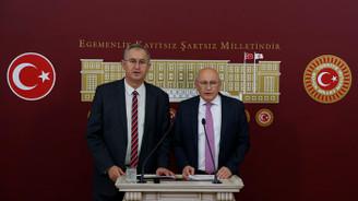 CHP'den basın kartı eleştirisi