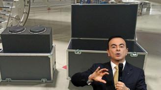 Ghosn, Türkiye'ye müzik kutusu içerisinde gelmiş