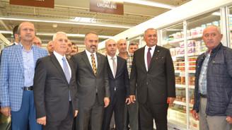Özdilek'in 7'nci hipermarketi Mudanya'da açıldı