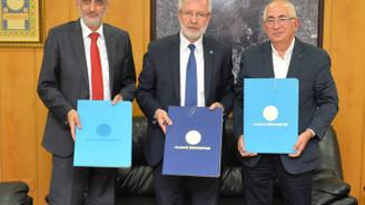 Bursa Uludağ Üniversitesi'nden öğrenciye burs desteği