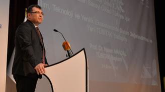 """""""Türkiye'nin yüksek teknolojideki payını artırması gerekiyor"""""""