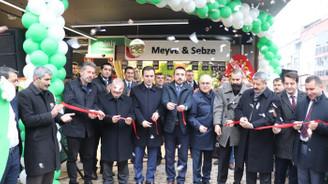 2018'in son mağazasını Kestel'de açtı