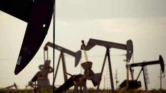 Brent petrol yeni günde yatay