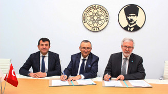 Türkiye'de bir üniversitede kurulan ilk merkez