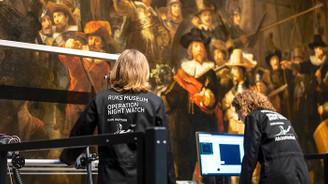 """Rembrandt'ın ünlü tablosu """"Gece Devriyesi"""" restore ediliyor"""