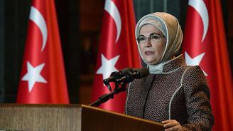 Emine Erdoğan'dan gençlere, yaşlıları korumak için dayanışma çağrısı