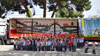 Mars Logistics'in Akıllı TIR'ı Bursalı çocuklar için yola çıktı