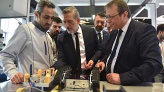 KOBİ'ler dijital çağa Model Fabrika ile hazırlanıyor