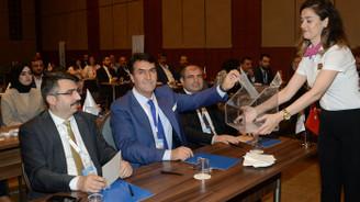 Bursa Belediyeler Birliği'nde Dündar güven tazeledi