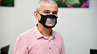 Isparta Belediyesi işitme engelliler için şeffaf yıkanabilir maske üretti