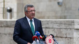 Altay: Hakim olmadıkları baroları bölmek istiyorlar