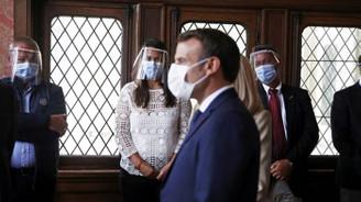 Macron yerel seçimlerde ağır yenilgi aldı