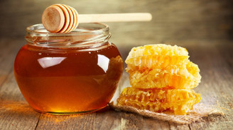 Arı yetiştiricilerinden tüketiciye belgesiz üretim uyarısı