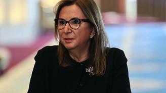 Bakan Pekcan: 2.1 milyar lira değerinde kaçak eşya yakalandı
