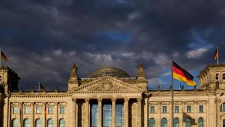 Almanya'da büyüme beklentilerin hafif üzerinde