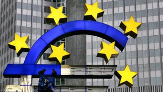 Euro Bölgesi'nde imalat ve hizmetler büyümesi yavaşladı