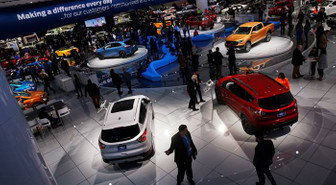 Elektrikli otomobillere yatırım 100 milyar dolara koşuyor