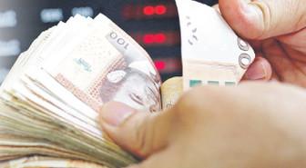 Gelişen ülkelerde parayı savunma harekatı!