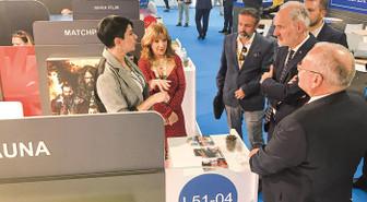 Cannes'da kıran kırana 'dizi' pazarlığı