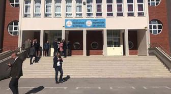 Otizmli öğrencileri yuhalatan müdür görevden alındı