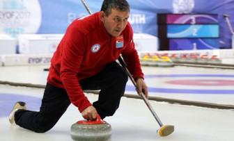 Kaporta ustasının curling tutkusu