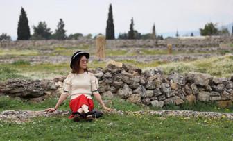 Çinli turist Pamukkale'yi sevdi