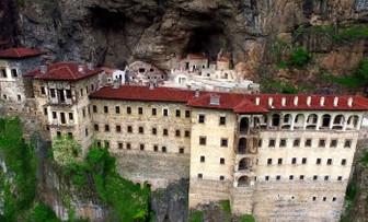Sümela Manastırı teleferik ihalesi şubat ayında yapılacak